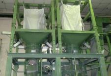 Stations de vidange de big-bag avec vérins d'extraction
